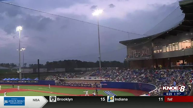 LA Tech baseball defeats two top 5 ranked opponents in a row.