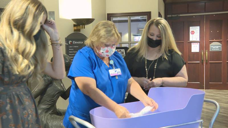 The Caring Cradle was donated to the Glenwood Regional Medical Center by the Zoe Rene Project...