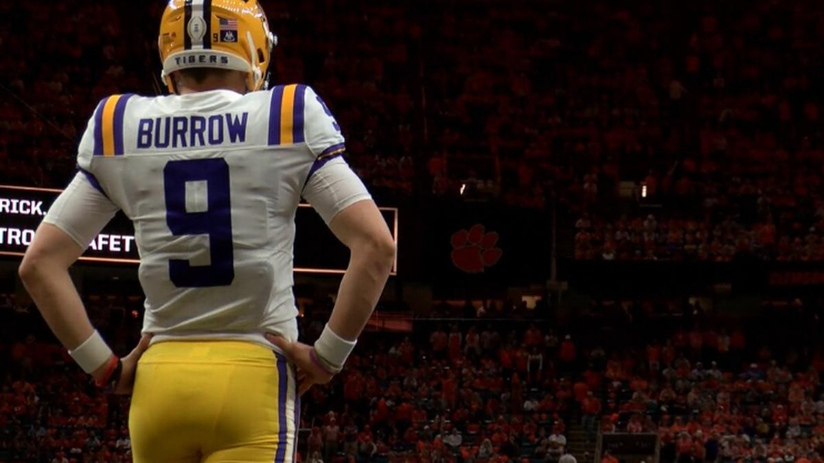 LSU quarterback gifts championship jersey to Michael Thomas. (Source: KPLC)