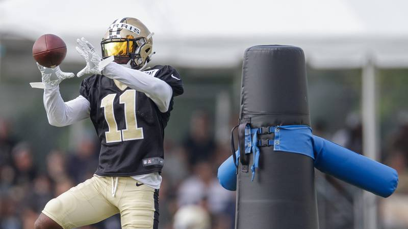 New Orleans Saints wide receiver Deonte Harris (11) catches the ball during the team's NFL...