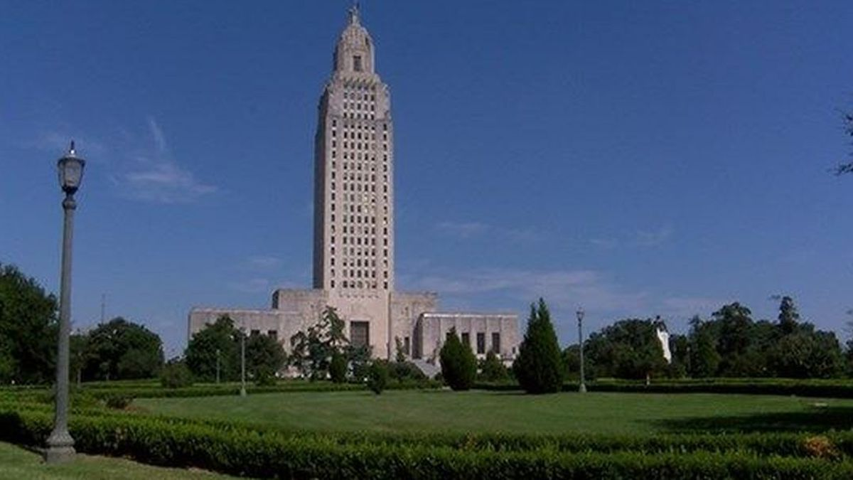 Louisiana state capital (Source: WAFB)