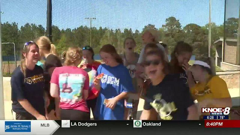 D'Arbonne Woods softball wins Little Caesar's Team of the Week.