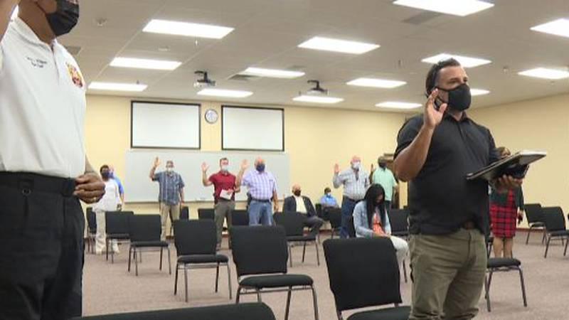 Dozens sworn in for ex-cop's appeal hearing